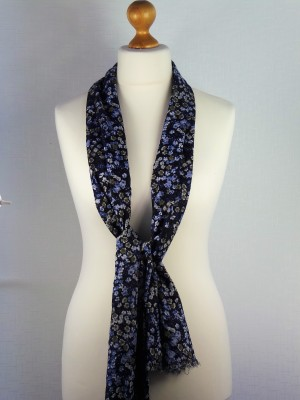 Richmond Cotton Scarf with blue and white Flowers