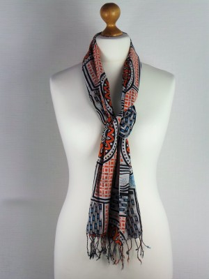 Classic Herald Style Cotton Scarf with Wheel Design