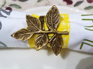 Set of 4, Brass Leaves Napkin Ring