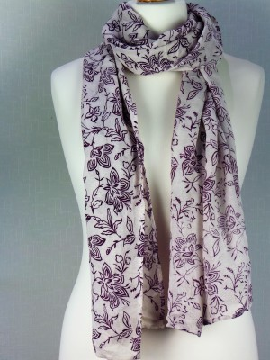 Lily White Viscose Scarf